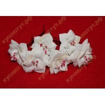 Белые цветочки шпильки