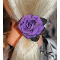 Фиолетовая розочка на резинках 1шт.