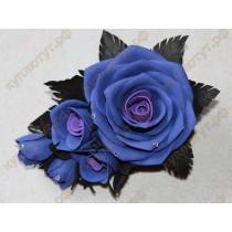 Синие розы на зажиме 12см