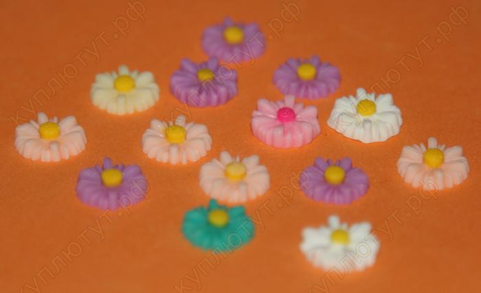 Маргагритки цветные, 12 мм, 1шт.